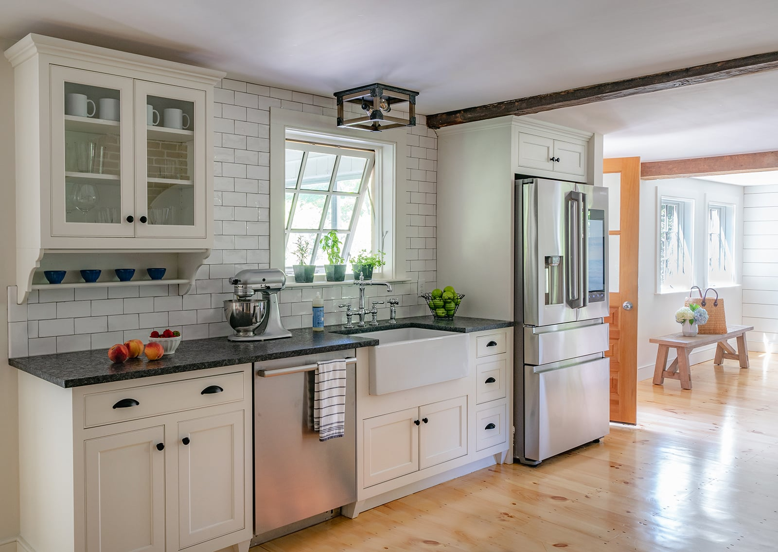 Hidden Farmhouse Wishing Well Historic Topsfield MA Kitchen
