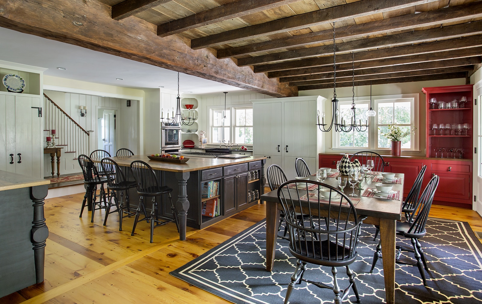 Lynnfield MA Farmhouse Kitchen